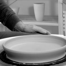 Videokurs Teller auf der Toepferscheibe drehen